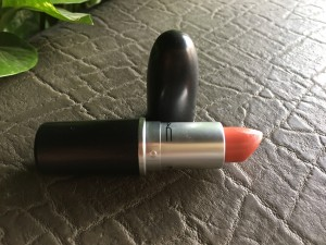 Mac Crème Sheen Lipstick