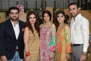 Team Jahanara - Abdul Wali Ahmed, Mehrunnisa Ahmed, Maham Hummad and Hummad Ali Ahmed with Zara Peerzada