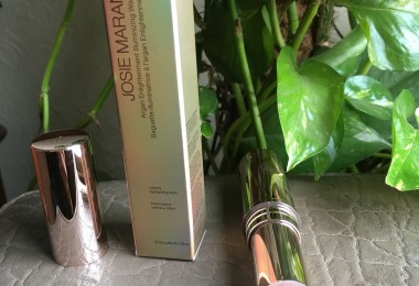 Josie Maran Argan Illuminating Wand