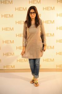 Amna Niazi wearing HEM