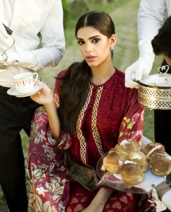 Crimson Luxe by Saira Shakira - Shoot Images - Look 11 (1)
