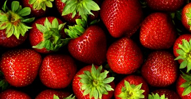5 Benefits of Strawberries