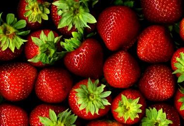 5 Benefits of Strawberries