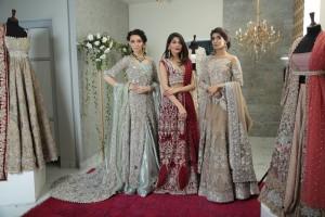models-maria-amna-libah-wearing-zohra-by-saira-shakira