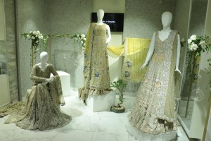 saira-shakira-holds-an-exclusive-preview-of-their-bridal-collection-zohra-1