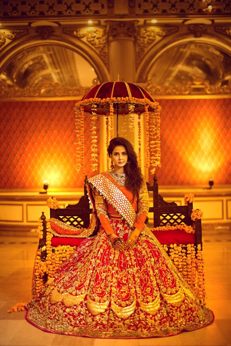 erum-khan-nawabzaadi-bridal-couture-featuring-saba-qamar-look-1-1