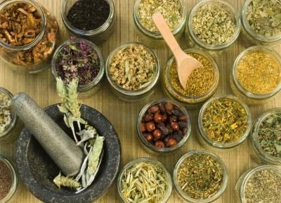5 Herbs to Protect Your Liver