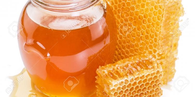 11 Health Benefits of Raw Honey