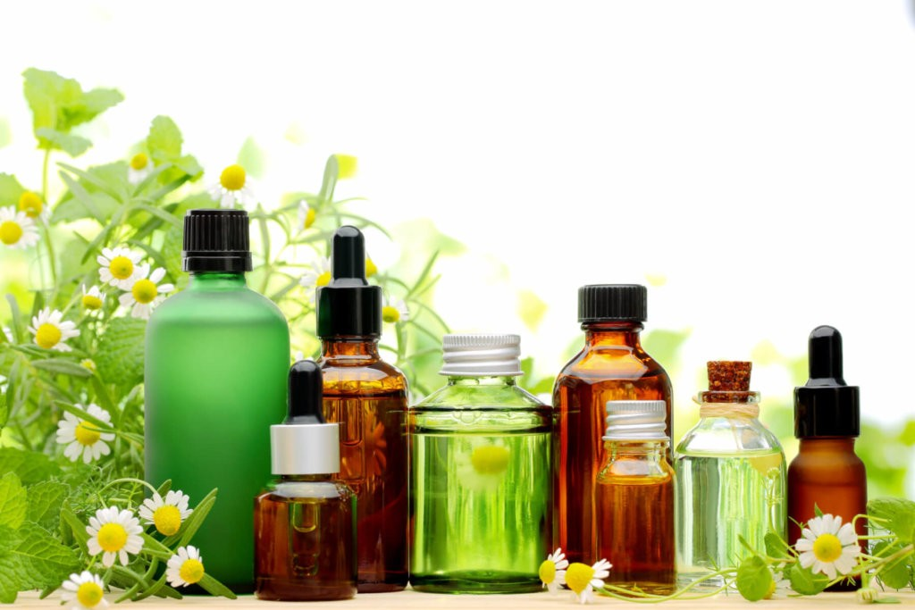 Natural Essential Oils for Skin Care That Will Improve Your Skin