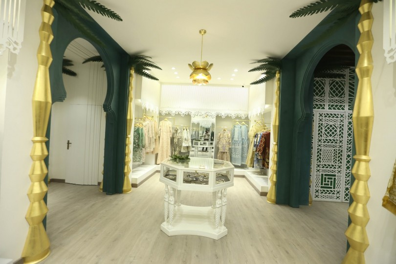 Saira Rizwan - Flagship Store designed by Strata Spaces (4)