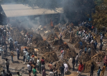 Mass-Funeral-Pyres-Reflect-India's-COVID-Tragedy